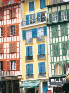 Colourful houses Bayonne, Aquitaine