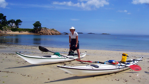 Kayaks on the beach at Ile Callot in France
