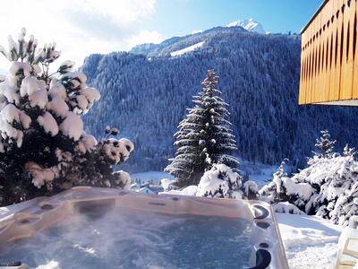 Hot tub overlooking French Alps