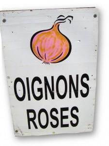 Roscoff pink onion