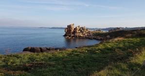 Impossible-physics-vast-rocks-hang-at-jaunty-angles-on-the-Pink-Granite-Coast-Brittany